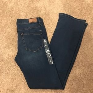 EXPRESS Supersoft Barely Boot Mid Rise Jeans